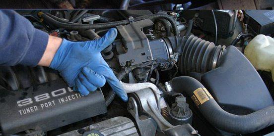 محل قرارگیری دسته موتور در خودرو